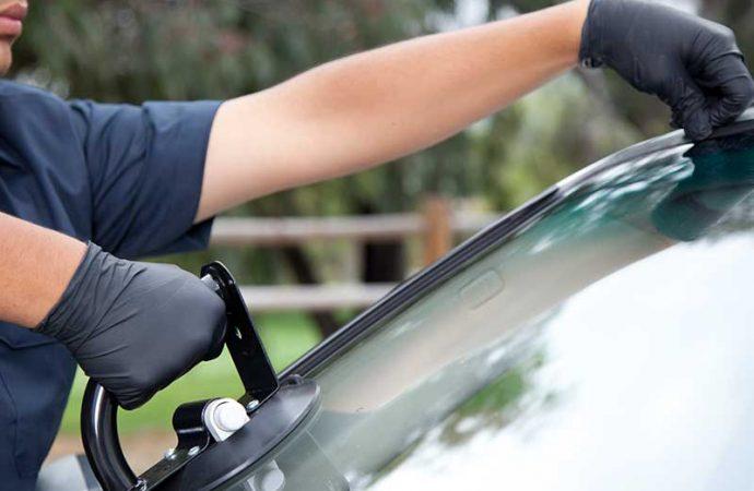 Auto Car windows Repairing