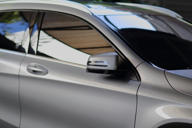 How Window Tinting Can Help Your Business